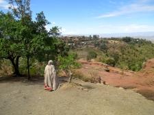 Pilgrim approaching Bet Giyorgis, Lalibela